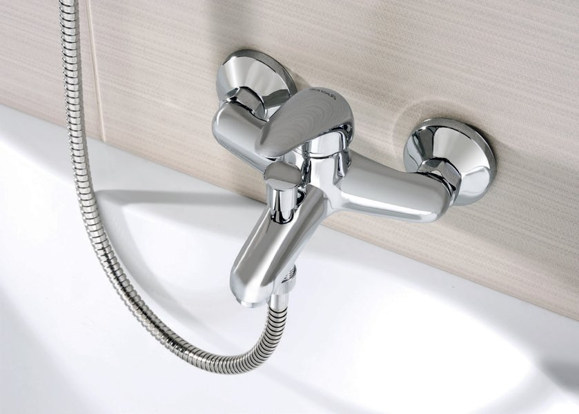 robinet mural de baignoire suzan 150 mm ravak a s. Black Bedroom Furniture Sets. Home Design Ideas